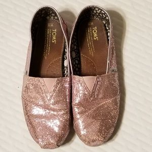Pink glitter/sparkly TOMS